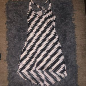 5/$20 H&M size 2 / small black and white striped